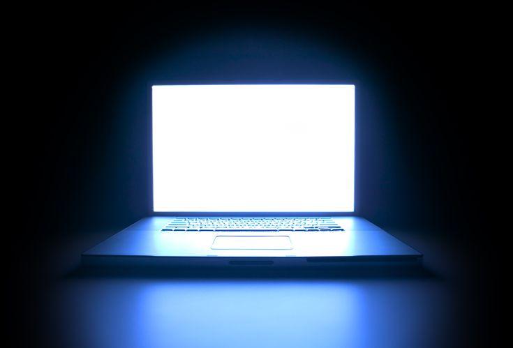 blue light computer screen filter eye protection iris software